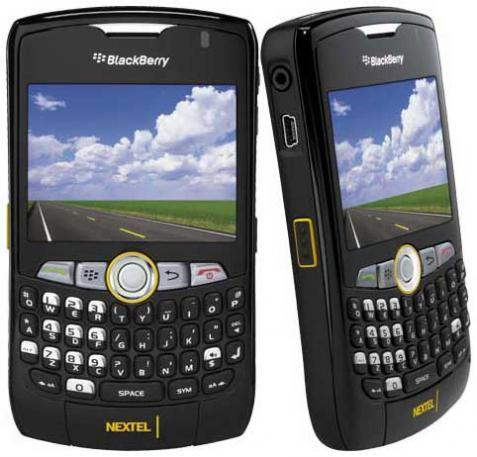 Como descargar Facebook para Blackberry Curve 8350i